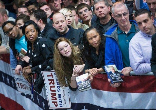 GettyImages-502207572-Trump-crowd-640x452.jpg