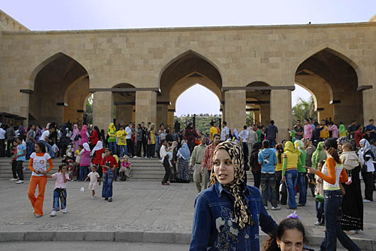 023-eid-in-azhar-park-in-cairo-by-claudia-wiens.jpg