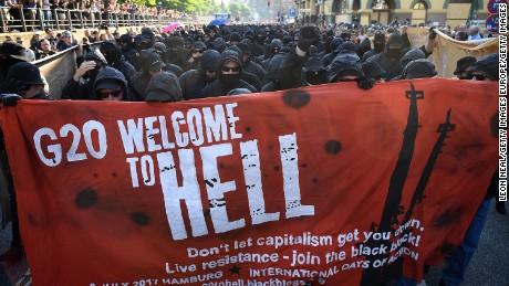 170706190107-hamburg-protests-large-169.jpg