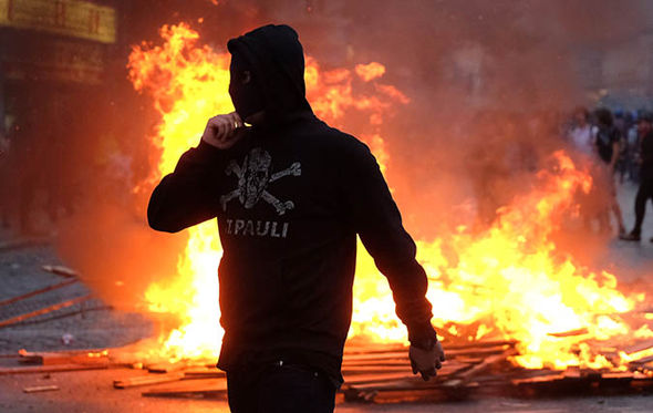 Hamburg-g20-protests-what-is-Antifa-demonstrations-protestors-Welcome-to-Hell-994434
