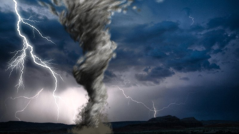 storm-tornado-lightning-chasers-web-generic