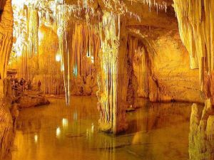 Mammoth-Cave-Kentucky