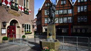 https___cdn_cnn_com_cnnnext_dam_assets_180408205207-muenster-van-attack-scene-day-after